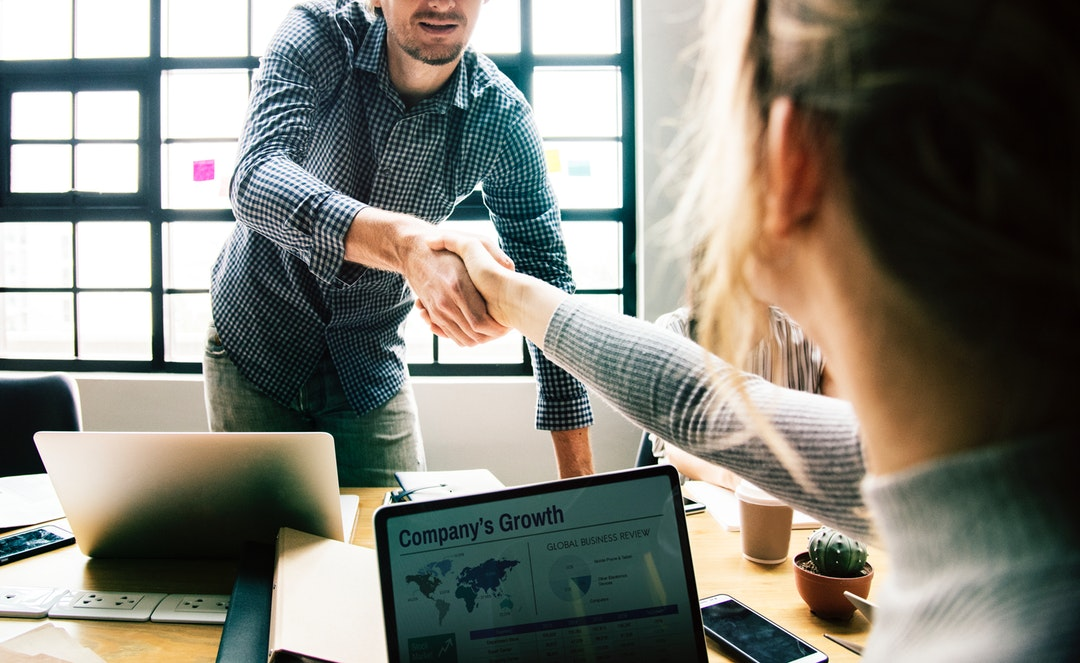 5 Questions to Ask When Hiring a Business Consulting Services Company